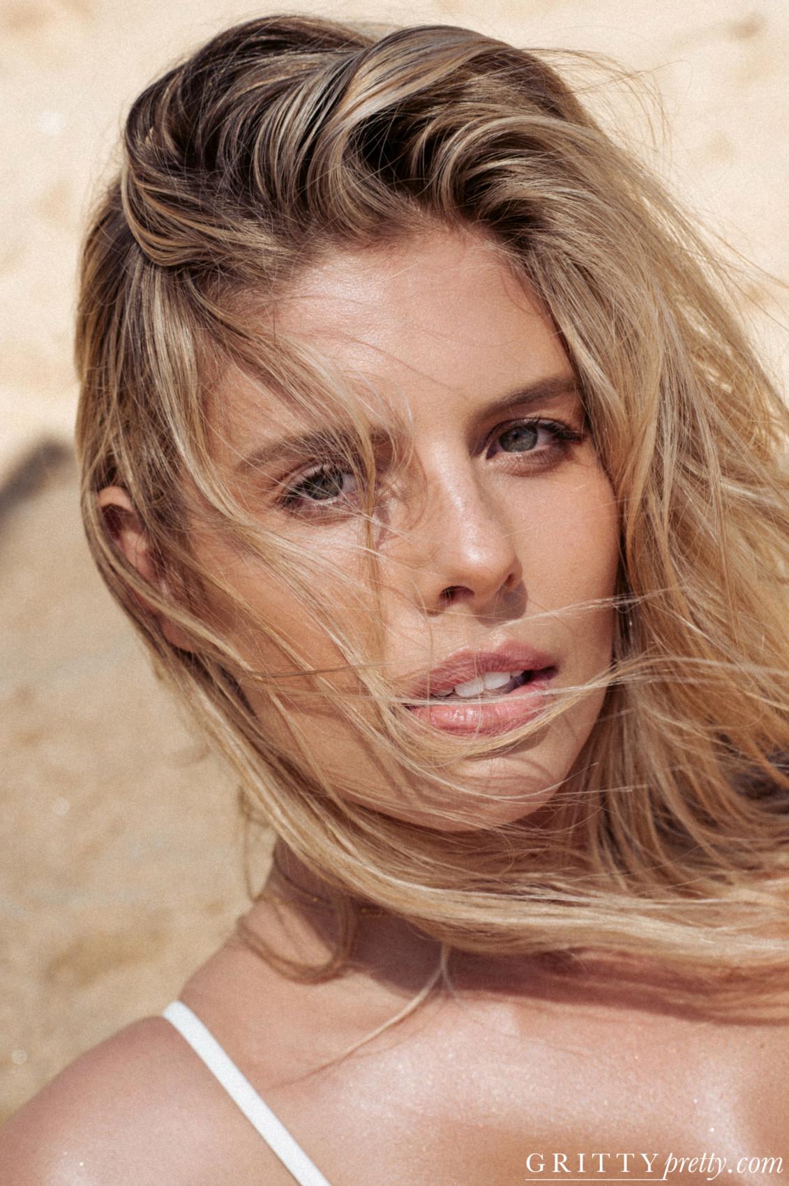 Gritty Pretty Magazine_Natasha Oakley_5